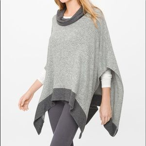 WHBM classic over head cozy poncho XL